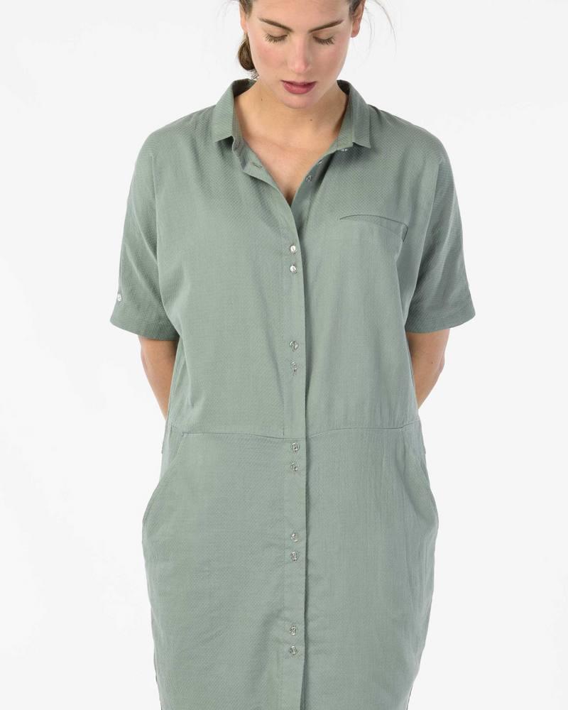 Skunkfunk_dress_overhemdjurk_Nethe_DithaBonita_fairtrade_S18_NETHE_WDR00662_K6_OFB