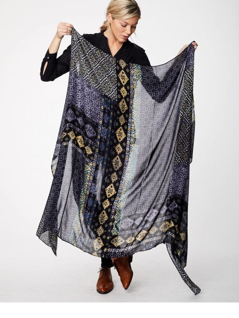 Thought_DithaBonita_shawl_ANTIQUITY-SARONG-blue_wac3873-blue--bedouin-exclusive-print-bamboo-scarf-0002