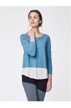 Thought_DithaBonita_shirt_ELOWEN_river-blue-elowen-organic-cotton-hi-lo-double-layertop-0003