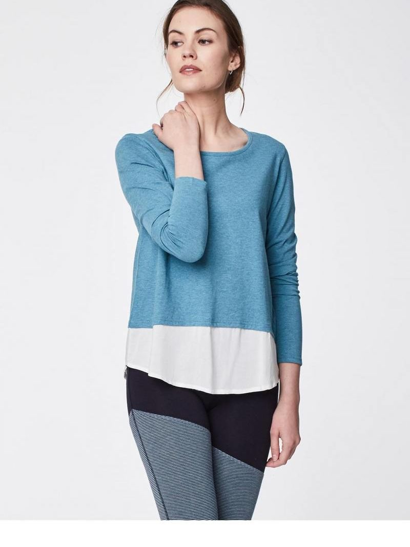 Thought_DithaBonita_shirt_ELOWEN_river-blue-elowen-organic-cotton-hi-lo-double-layertop-0003