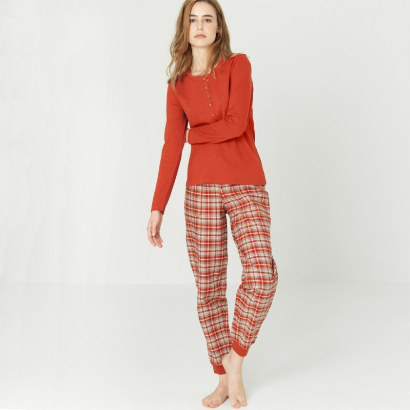 Living Crafts Pyjama in red clay2