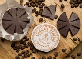 taza-coffee-flavour-mexican-style-stone-ground-chocolate-organic-77g-disk