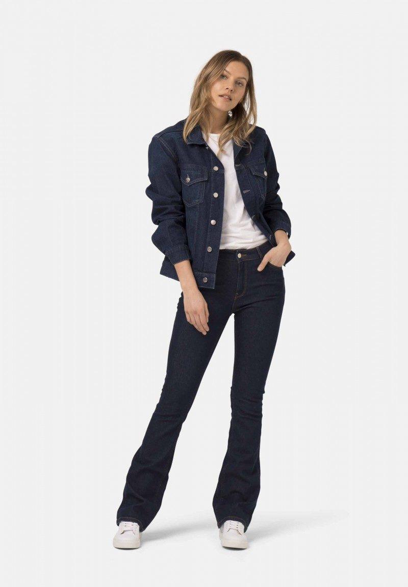 MUDJeans_Flared-Hazen_recycled-denim_duurzame_jeans_bij_DithaBonita1