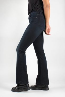 Amy_bootcut_jeans_Dark-Faded